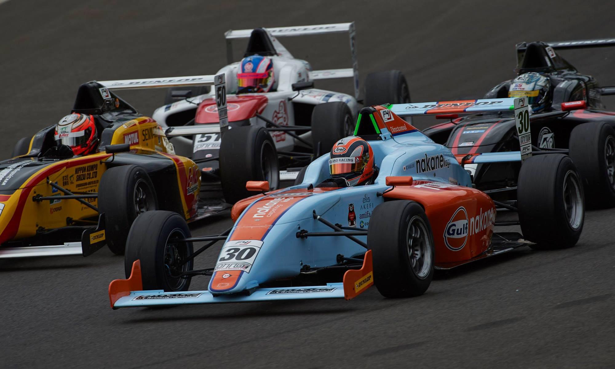F4フォーミュラーでレースがしたい!